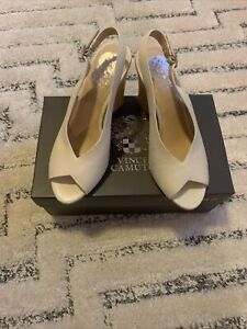 Vince Camuto shoes 7.5M VC-Adeetra
