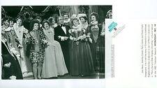 PERRY COMO PETULA CLARK LEO SAYER OLDE ENGLISH CHRISTMAS ORIG 1977 ABC TV PHOTO