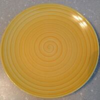 Tabletops Unlimited Swirl-YELLOW Dinner Plate EUC!
