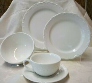Gibson Grand Nobility 5 piece place setting china dinnerware plate bowl cup