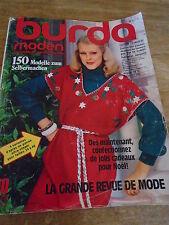 MAGAZINE BURDA VINTAGE MANTEAU REDINGOTE CAPE TAILLEUR ROBES JUPE ETC... 1976