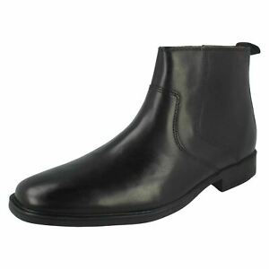 Mens Clarks Black Leather Zip-up Ankle Boots : Tilden Zip