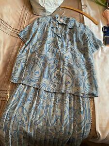 Eastex 2 Piece Suit Ladies size 16
