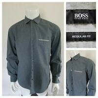 Hugo Boss Men's Regular Fit Long Sleeve Button Down Dress Shirt Size Medium