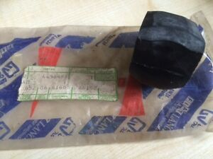 NEW OEM FIAT 127 127S 128S 128 FIORINO VAN ANTI-ROLL BAR BUSH - RUBBER 4438487