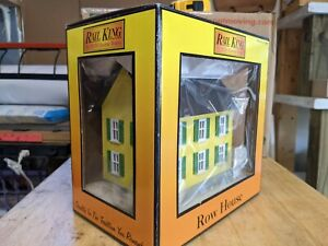MTH RAILKING O SCALE No. 30-90118 YELLOW / GREEN ROW HOUSE  NEW IN BOX!