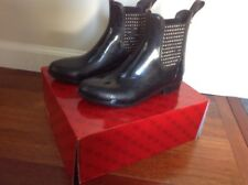 Guess Size 5 M Black (Rekha) Girls/Women's Low Rain Boots with stud Sides