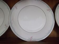 """ROYAL DOULTON """"CARNATION"""" DINNER PLATE (EXCELLENT CONDITION)"""