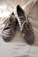 CLARKS schöne hochwertige Sneaker in nude  /taupe Gr. 41 / 7,5, top Zustand