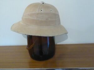 Early 20th C. Vintage Pith helmet Made For The Simon Artz Store Port Said Egypt
