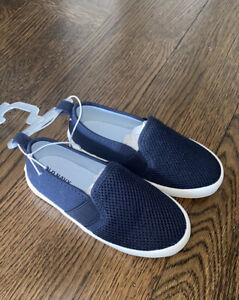 Old Navy Toddler Slip On Mesh Sneakers NWT $20 Boys Navy Comfort  Spring Shoe 7