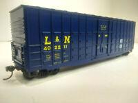 HO Scale 50' Hi-cube Waffle Boxcar - LOUISVILLE & NASHVILLE - L&N #402211