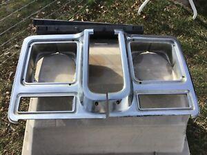 73-87 1979 Chevy Truck K5 Blazer Headlight Bezels 11007391 14001392