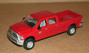 1/64 Scale 2012 Dodge Ram Crew Cab 2500 Heavy Duty Diecast Model Ertl 46246 Red