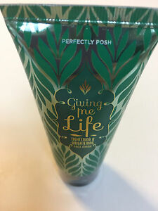 Perfectly Posh ~ Giving Me Life ~ Face Mask ~ New and Sealed (Retired)