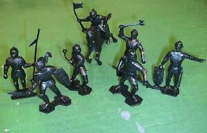 """Marx Toys MXR-MKBL """"Medieval Knights (21pcs - Black)"""" 54mm Plastic Toy Soldiers"""