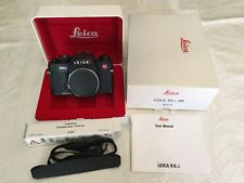 Leica R6.2  35mm SLR Film Camera Black, Mint (shutter operative w/o batteries)