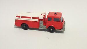 MATCHBOX LESNEY FIRE PUMPER