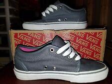 dafb9f10d0 VANS Women s Skate Shoes AUTHENTIC Grey and fuchsia size 5.5 - Read  Description