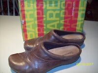 Bare Traps Brown  Slip on Shoes Size: 11 US - VERY NICE~