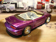 HOT WHEELS 1995 CHEVROLET CAMARO SS LIMITED EDITION CONVERTIBLE  1/64