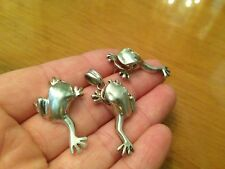 STERLING SILVER LADIES FROGS SET OF EARRINGS AND PENDANT ENAMEL GREEN EYES