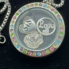 Stainless Steel Floating Charm Pendant Necklace Silver Tone Sister Love Rose