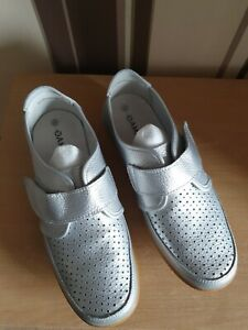 DAMART LADIES SILVER LEATHER AIR CUSHION SLIP ON SHOES SIZE 6 EEE