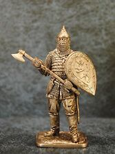 Tin Soldiers * Middle Ages * Russian warrior with axe, 14th century * 54-60 mm