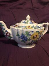 Beautiful Vintage Floral Sadler England Teapot