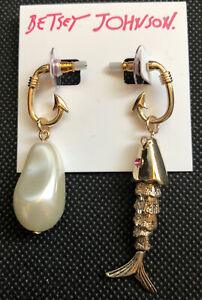 Betsey Johnson Catch The Wave Gold Tone Faux Pearl Fish Mismatch Earrings NWT