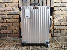 Rimowa Classic Flight Cabin MULTIWHEEL Carry-On IATA Aluminium NEW 97152004