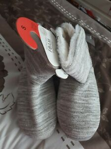 Memory Foam Slipper Boots Size 3-4 BNWT