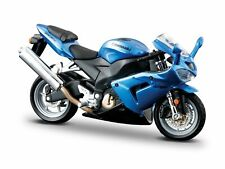 Motocicleta modelo 1:18 azul Kawasaki Ninja ZX-10 R de BBurago