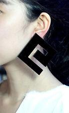 Boucles d`Oreilles Clips Hyper Gros Carré Géométrique Noir BB 10