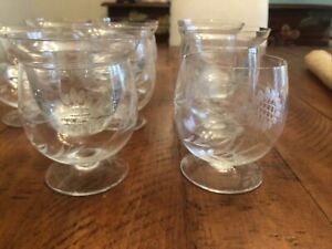 SET OF EIGHT 8 VINTAGE SHRIMP COCKTAIL ETCHED GLASSES with inserts