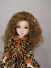 Monique ELLOWYNE ROSE Wig Gld Auburn Gld Str Size 6-7 YoSD BJD shown on Mia