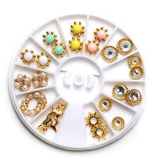 24Pcs/Boîte 3D Déco des Ongles Coloré de Perle et Strass Nail Art Décoration