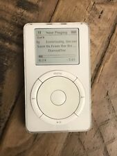 Apple iPod classic 1st Generation White (Upgraded HDD 20GB + New Battery) M8541