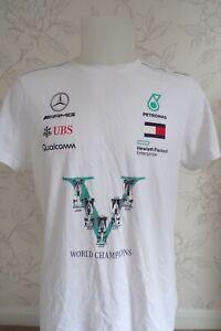 MERCEDES AMG PETRONAS F1 TEAM ISSUE  5 x WORLD CHAMPIONS T SHIRT MENS LARGE