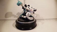 (Lot 523) Walt Disney Collectables -  Enesco Mickey & Minnie Darling You send me
