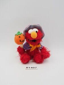 "Elmo Sesame Street B1407 USJ Universal Studio Japan Witch Mascot 3.5"" Plush Toy"
