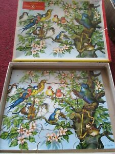 Very Early HIGH SPOT WOODEN- ENGLISH JIGSAW PUZZLE BIRDS ORCHESTRA COMPLETE