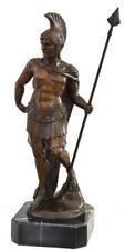 Römischer Krieger mit Lanze in Bronze auf Marmorsockel Bronzefigur handgefertigt