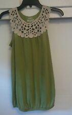 Womens Green sleeveless Shirt Top MUDD Crocheted Sz Medium