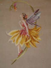 Le Pétale Fairy Counted cross stitch chart Pattern