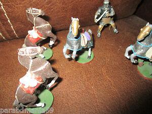 Lot anciennes figurines plomb-Montures et chevalier médiéval en armure