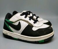 (I) Kids Size 7c Nike Sneakers White Green Black Suede Dunk Low