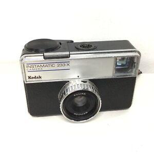 Kodak Instamatic 233-X Vintage Film Camera Black #460