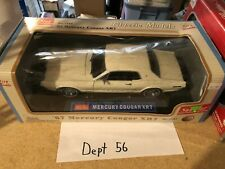 SUNSTAR 1967 MERCURY COUGAR XR7 1:18 CREAM WHITE